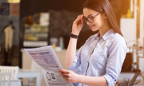 how to choose reading glasses for shape