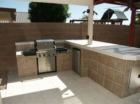 diy outdoor kitchen tiled island outdoor