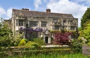 House Pl Manor House Surrey Hire Smallfield Place