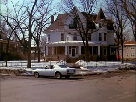 mary tyler moore apartment minneapolis 25 best images about tv homes on pinterest house