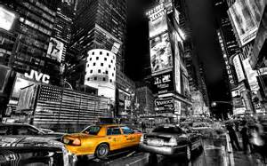 photographers in nyc black and white and colour on canvases and new york city