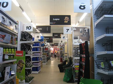 arredamenti cagliari e provincia insegne luminose arredamenti bar e negozi cagliari