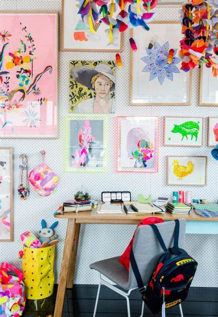 bright kids room decorating ideas  young artists