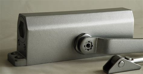 commercial surface mounted door closer me 503 me 503