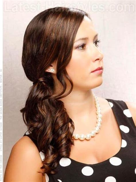 Easy Hairstyles For School Dances by 16 Easy Prom Hairstyles To Try Crazyforus