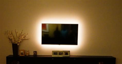 ambient light behind tv television with ambient lighting