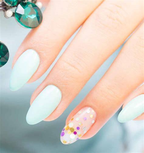 decorazione unghie fiori unghie gel e nail tendenze 2018 idee originali