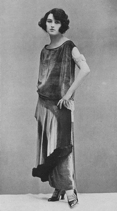 1920s flappers pictures the flapper roaring twenties original bob harem pants