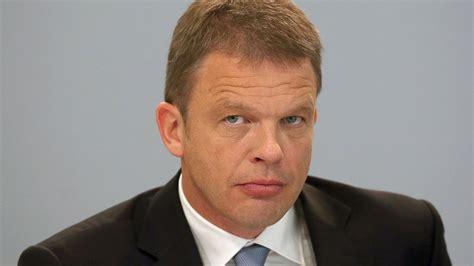 deutsche bank vorstand deutsche bank vorstand keine strafzinsen f 252 r privatkunden