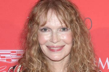 mia farrow bio wiki family facts trivia celebrity 1st name all on people named norah songs books gift ideas pics more