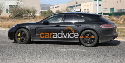 porsche panamera wagon 2017 porsche panamera wagon and interior spied photos 1