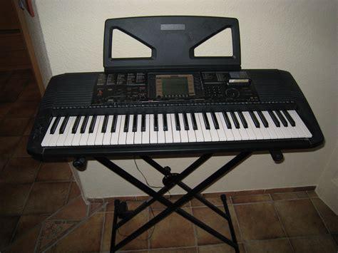 Keyboard Yamaha Musik das keyboard ist einem sehr gutem zustand und wurde kaum
