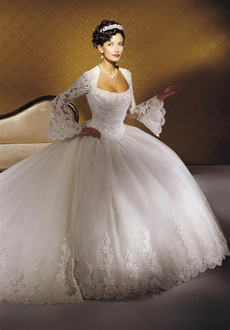 winter wedding dress uk vintage inspired winter wedding gowns and dresses bellatory
