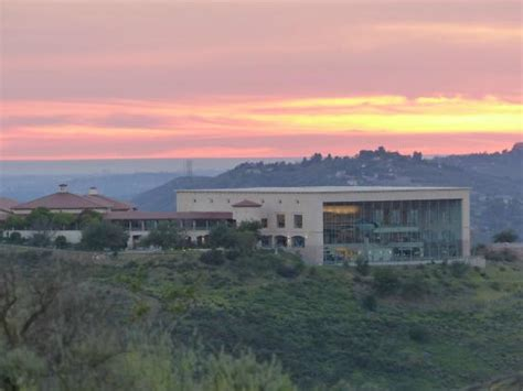 ronald library at sunset from mt mccoy picture of ronald presidential library