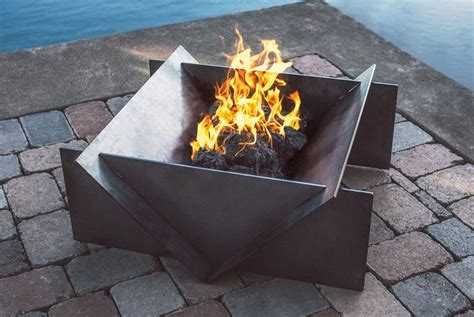 The 25 Best Ideas About Steel Fire Pit On Pinterest Metal Firepits