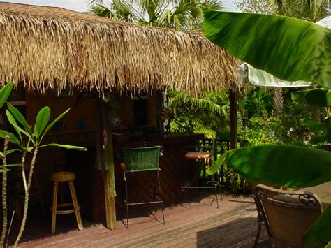 Tiki Thatch Retardant Thatching Roll For Palm Hut Roofing