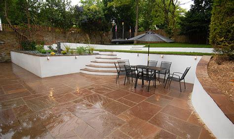 Pangbourne, Terraced Dream Gardens