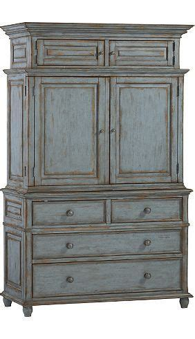 havertys armoire 1000 ideas about armoire decorating on pinterest traditional bathroom inspiration