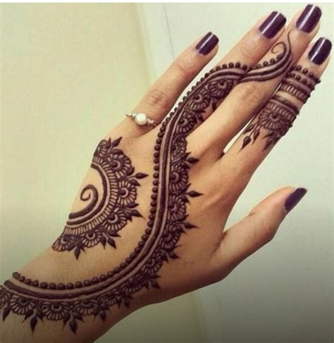 simple pattern of mehandi 20 trendy mehndi patterns pictures for women sheideas