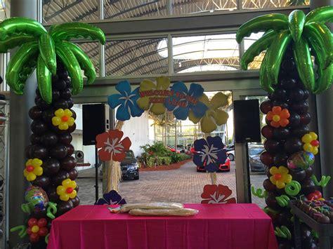 Hawaiian Balloon Decorations by Dreamark Events Hawaii Themed Corporate Event
