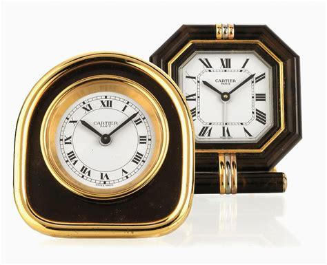 orologio sveglia da tavolo orologio sveglia da tavolo cartier in metallo dorato e