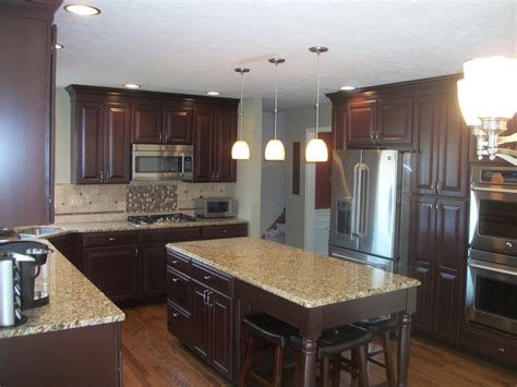Artisan Countertops by Cool New Venetian Gold Granite Vogue Cleveland Traditional