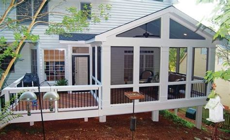 inviting screened porch  deck ideas making lemonade
