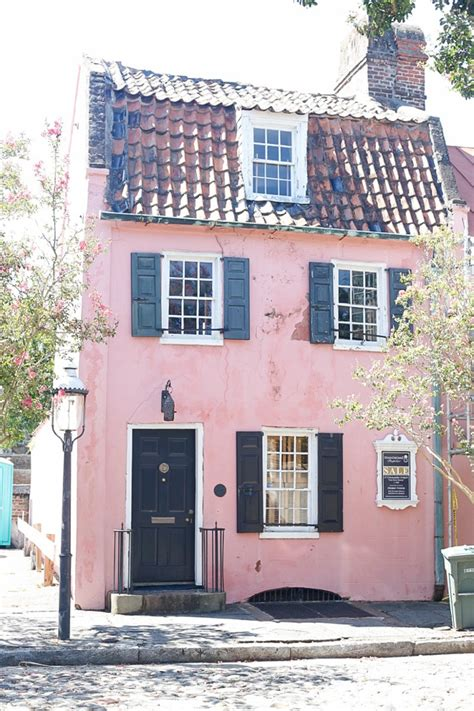 the pink house charleston everything you need to know about charleston sc