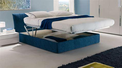 chatodax armadi il letto imbottito nella da letto chateau d ax