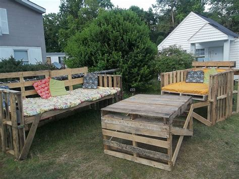 Awesome Pallet Patio Furniture Ideas Pallet Patio Furniture Ideas