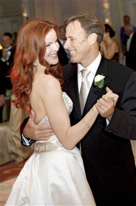 marcia cross tom mahoney wedding marcia cross wedding puppies and worms