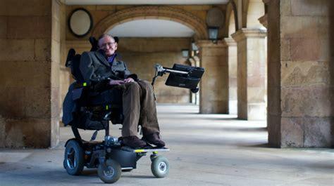 scienziato sedia a rotelle tutto su stephen hawking wired
