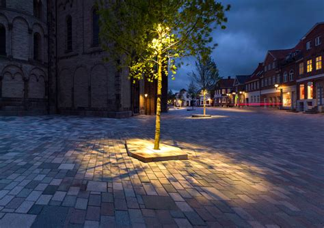Landscape Architecture Lighting Ribe Cathedral Square By Schonherr Landscape Architecture 05 171 Landscape Architecture Works