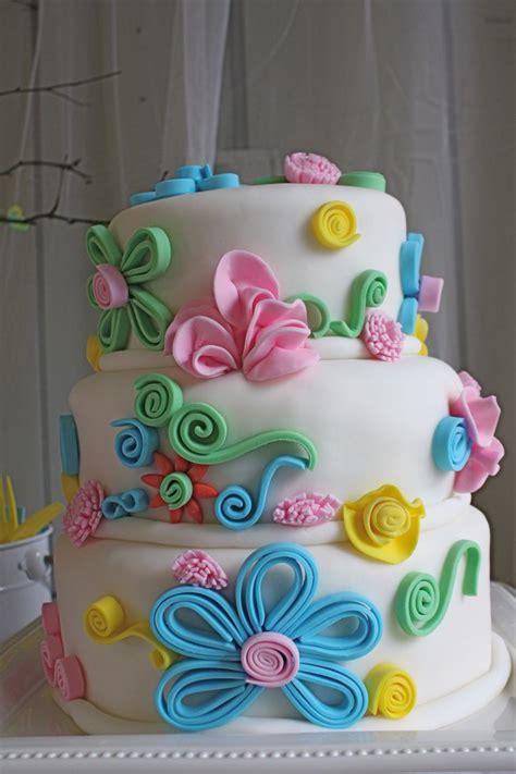 Torten Dekorieren Fondant by 25 Best Ideas About Fondant Flower Cake On