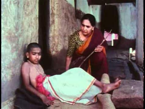 akash ke us paar bhi lata mangeshkar 1994 doordarshan s signature tune and montage 1974 hd doovi