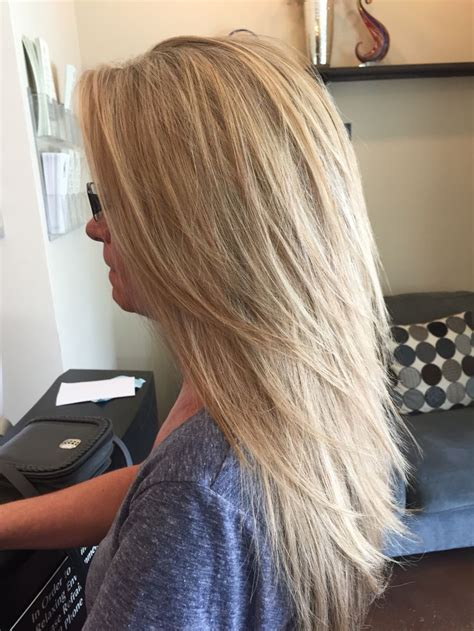 long straight hairstyles layered toward face 25 best ideas about straight layered hair on pinterest
