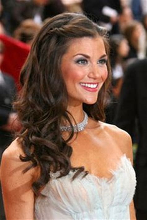 long hairstyles for black tie event 1000 images about black tie event on pinterest down