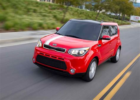 Kia Small Car Prices 2014 Kia Soul Review Specs Pictures Mpg Price