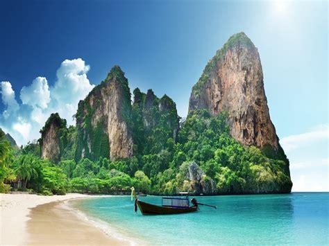 sand beaches 27 brilliant images of white sand beaches worldwide