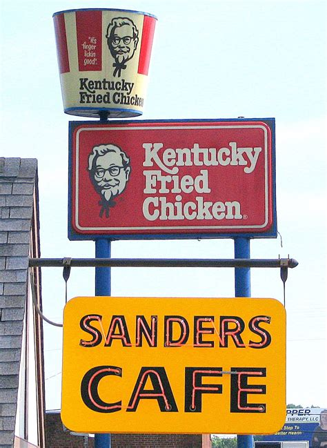 Kfc Clinton Ad Board by How Kfc Founder Colonel Sanders Achieved Success In His