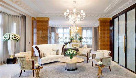 livingroom suites the peninsula luxury 5 star hotel paris luxury traveler