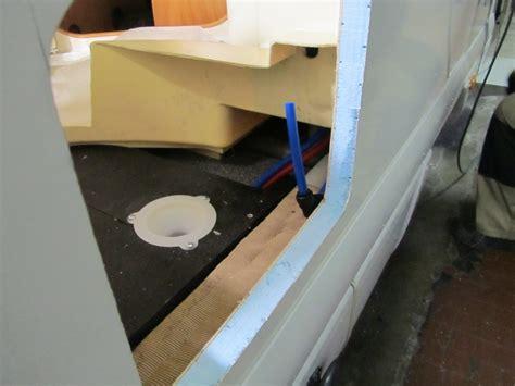 sostituzione cassetta wc sostituzione wc nautico con wc a cassetta autocaravan