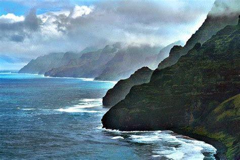 boat trip to hawaii na pali coast kauai calls pinterest
