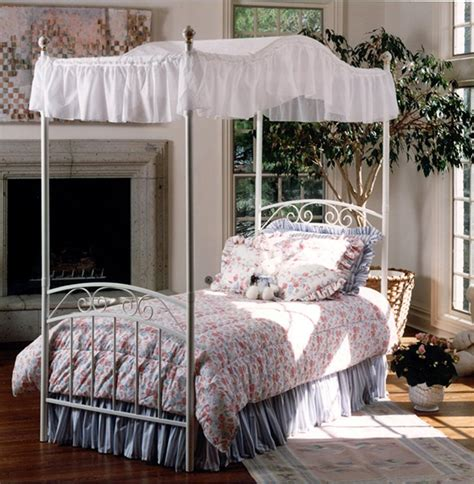 whimsical girls full canopy beds fit   princess home design lover