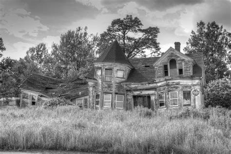 abandoned places near me haunted house in maine haunted houses pinterest