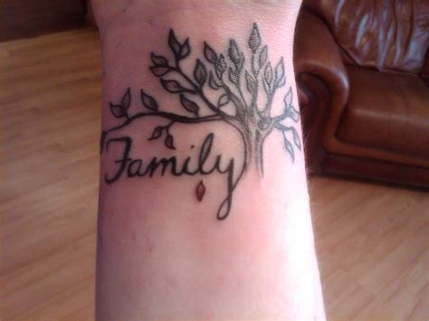100 s of family tree tattoo design ideas pictures gallery