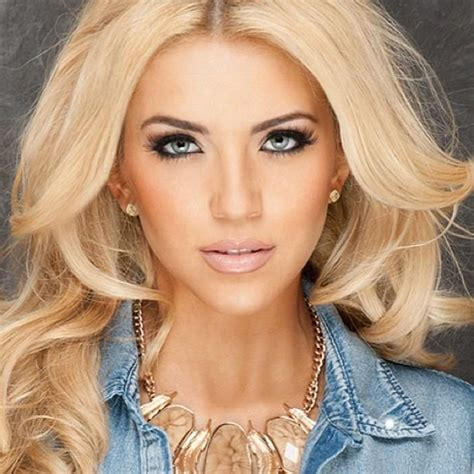 hair coloring ideas for latino womean blonde hair on hispanics women miss usa 2013 contestants