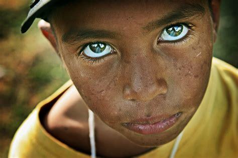 imagenes niños tercer mundo todos juntos reflexi 243 n ante el dolor