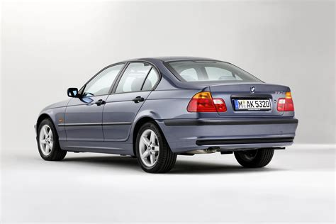 Bmw Six Series by The Bmw 3 Series Six Generations Four Decades Image
