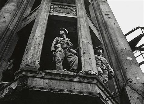 photographing the fallen a war photographer on the western front 1915ã 1919 books the photographer don mccullin s 75th birthday show